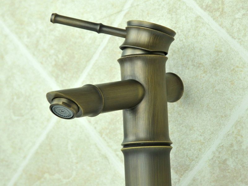 Antique Basin Faucet with Brass