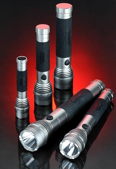 Series Design Aluminum Alloy Xpg R5 5W Powerful Flashlight (LM-051)