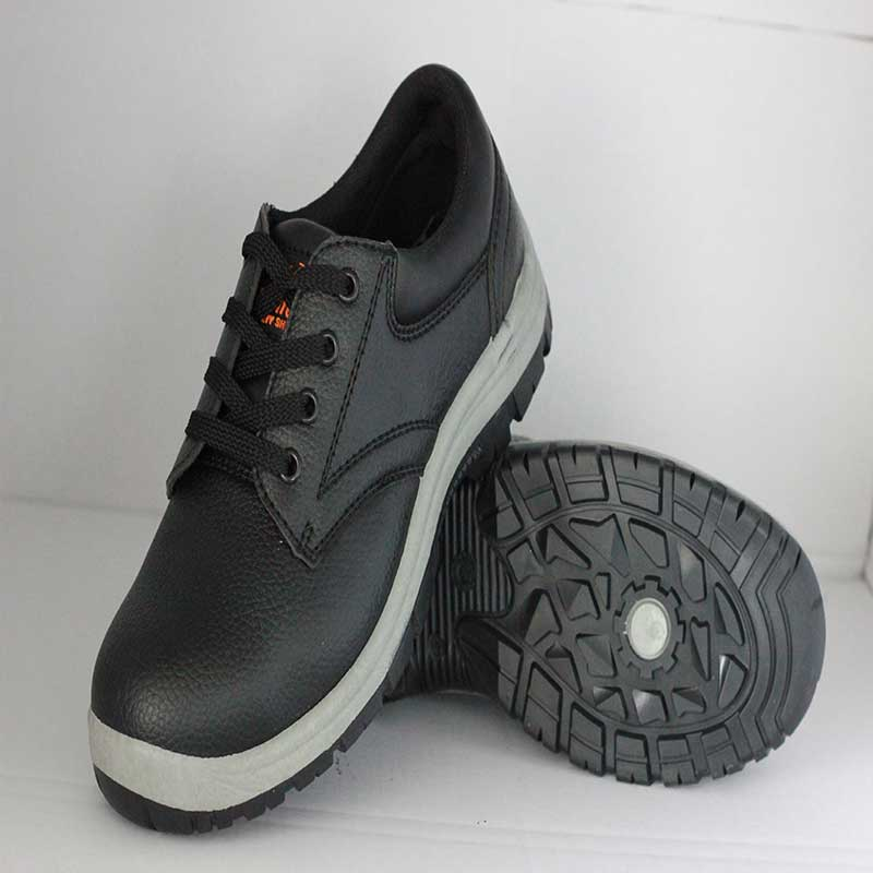 Work Safety Shoes (PVC Injection sole/PVC Embossing lather upper) .