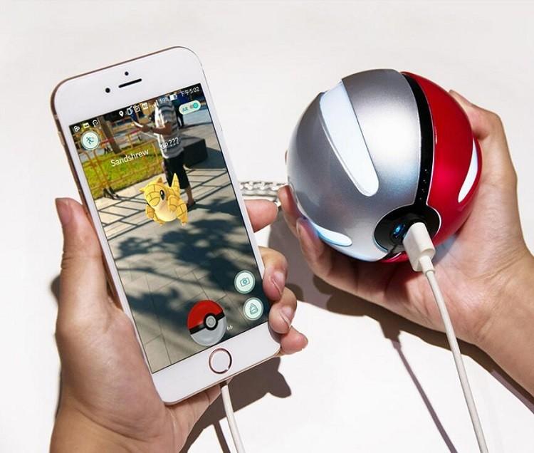 2016 Pokeball Power Bank for Mobile Phone Pokemon Go Power Bank 10000mAh with LED Light