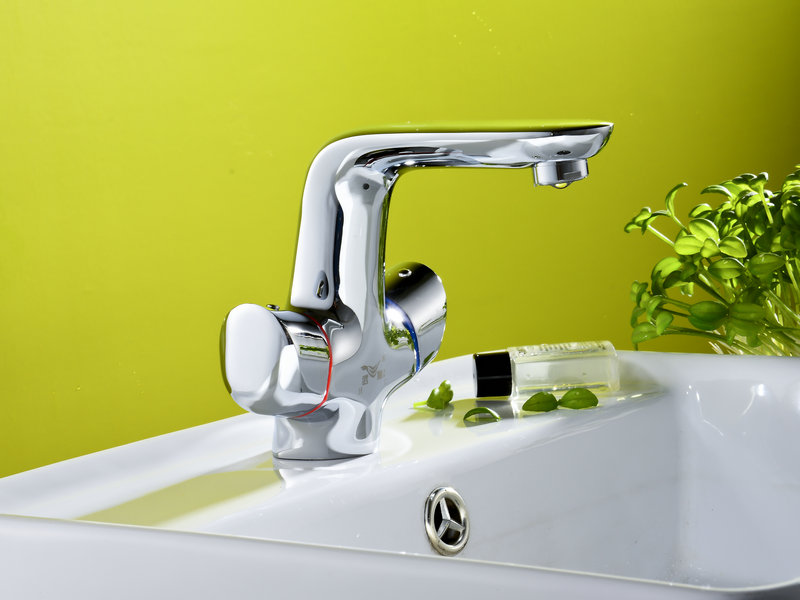 Bathroom Series Faucet with Kitchen Bath Shower and Basin