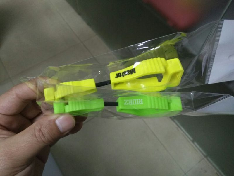 Custom Many Colors Plastic Clips / Guards