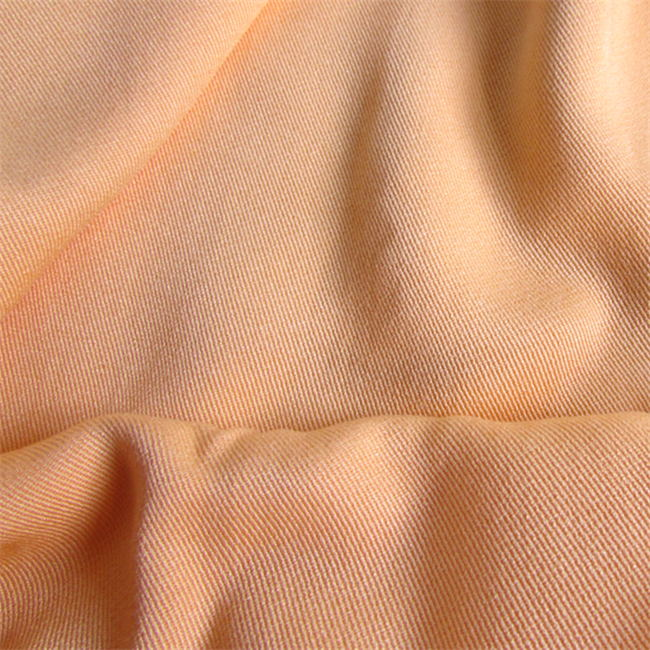 Twill Weave Shirt 100%Rayon Fabric Made by Air Jet Loom