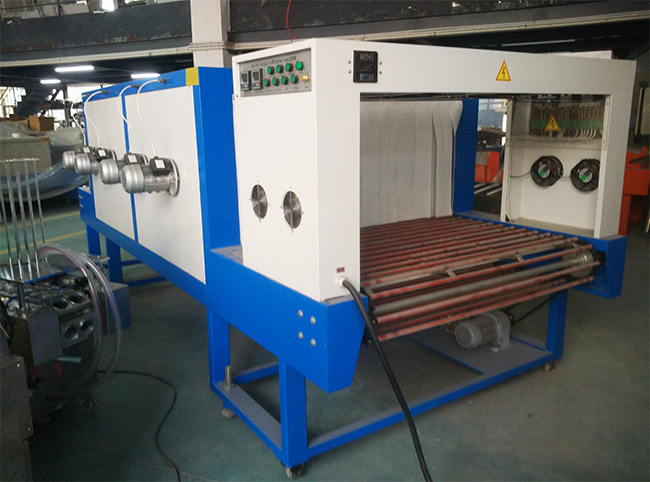 Auto Heat Shrinking Machine with Big Tunnel Heat Shrinkable Furnace for Electronic Product Ceeram Wrapp Packing
