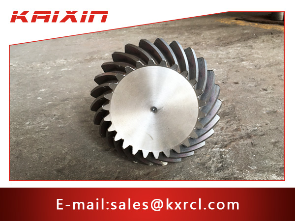 Transmission Straight Teethed Bevel Helical Gear with Keyway