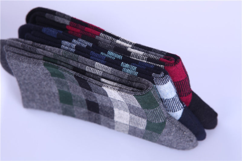 Classic Chequer Pattern Man Business Cotton Socks Made From 200n Comfortable Dressing