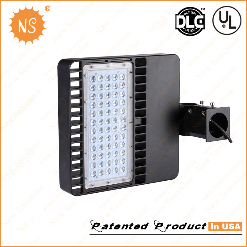 UL Dlc Listed IP65 Outdoor Parking Lot 80W LED Area Light