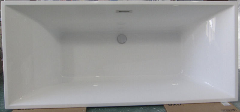 Top Quality Acrylic Free Standing Bathtub in China