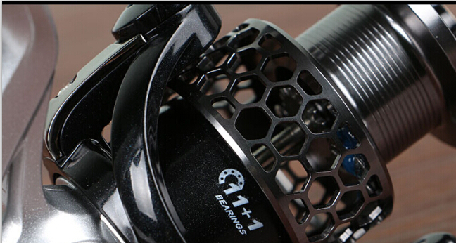New Design Spinning Fishingr Reel Big Drag Knob Reel