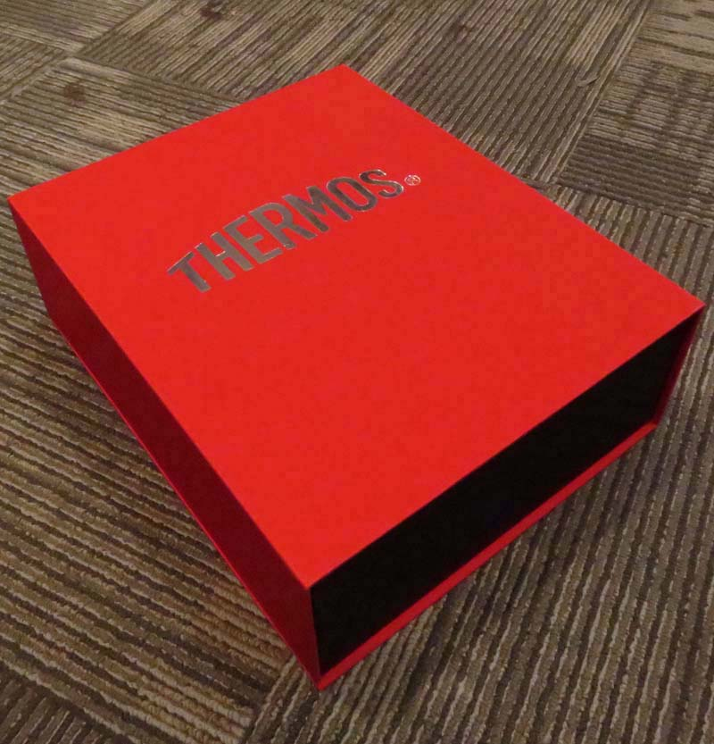 High End Red Big Magnetic Closure Packing Box