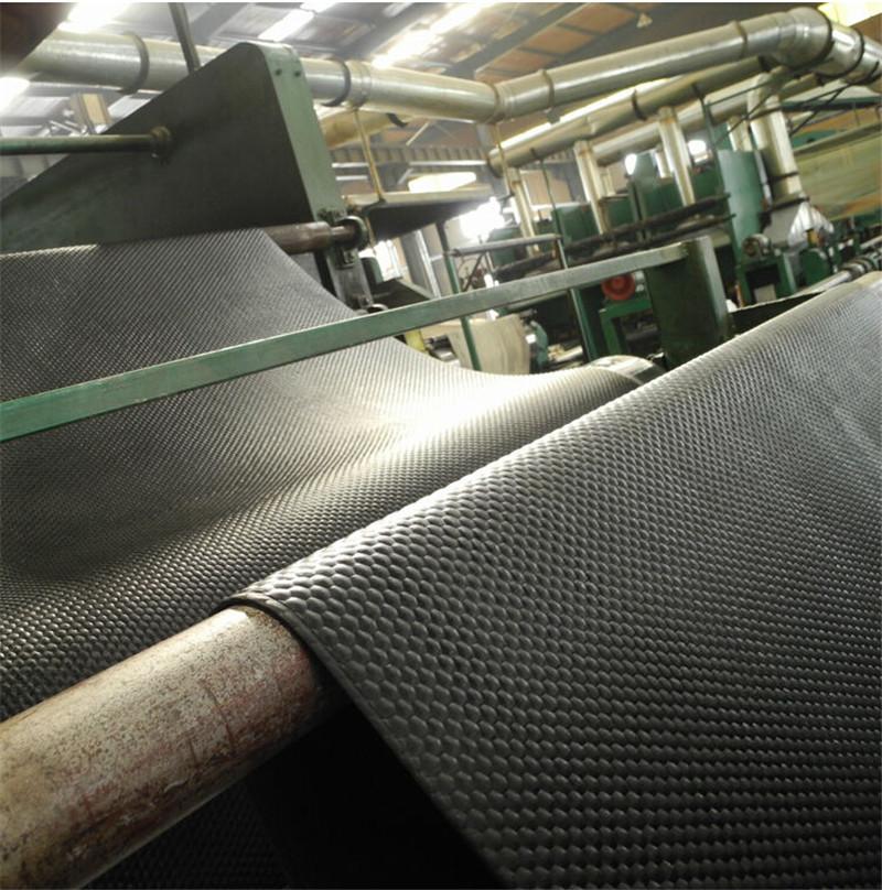 China Supplier Cheap Price Cow Bedding Durable New Brand Cow Runner Mat Cow Mat