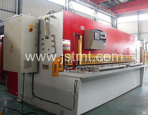 Nc/CNC Metal Cutting Hydraulic Shearing Machine (QC12K-10X3200)