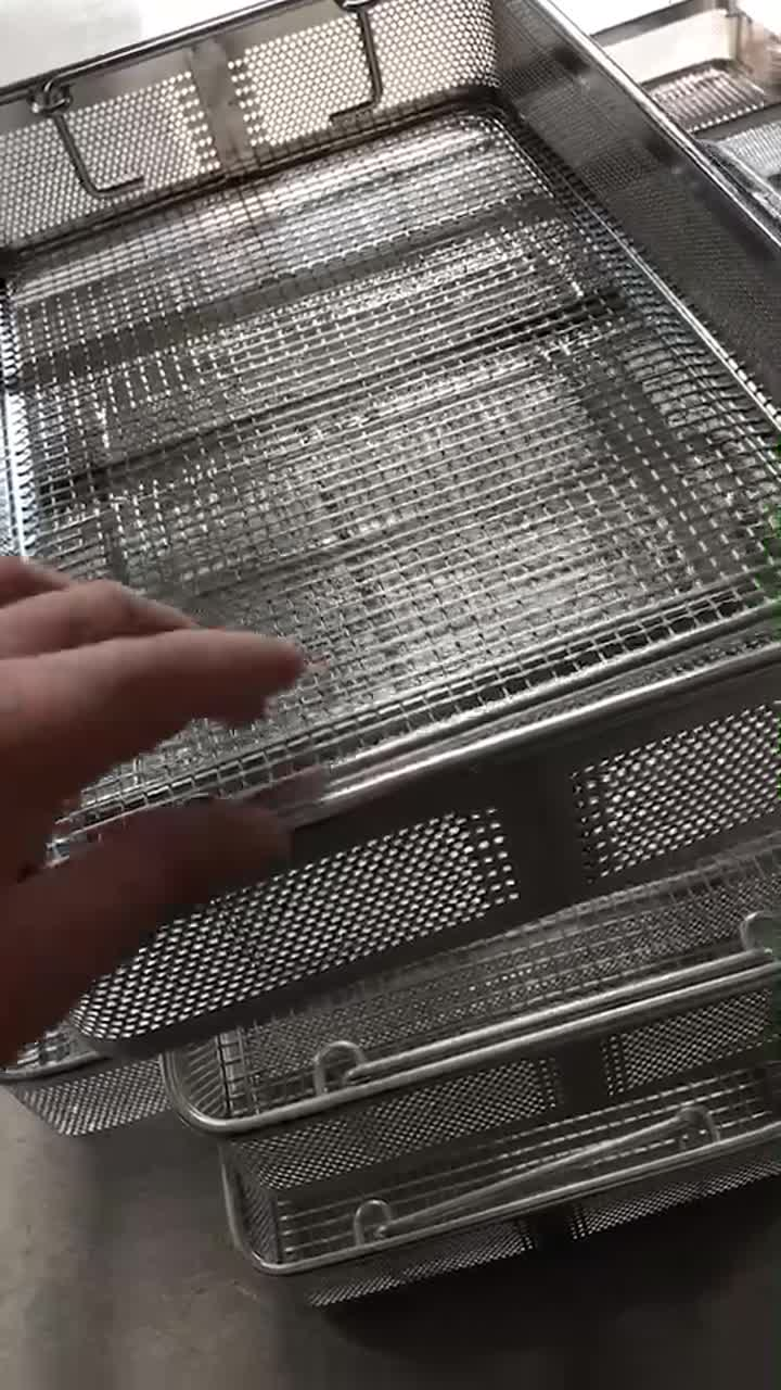 Welded Wire Mesh Basket.mp4