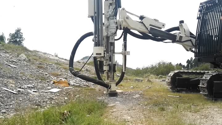 Surface Top-hammer Drilling rig ST120