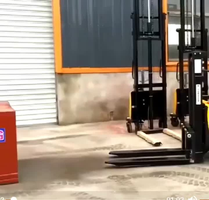 electric stacker .mp4