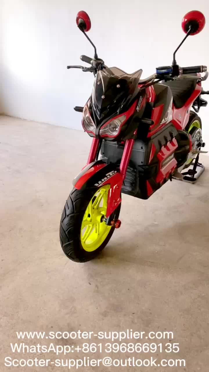 High-speed Electric Motorcycle.mp4