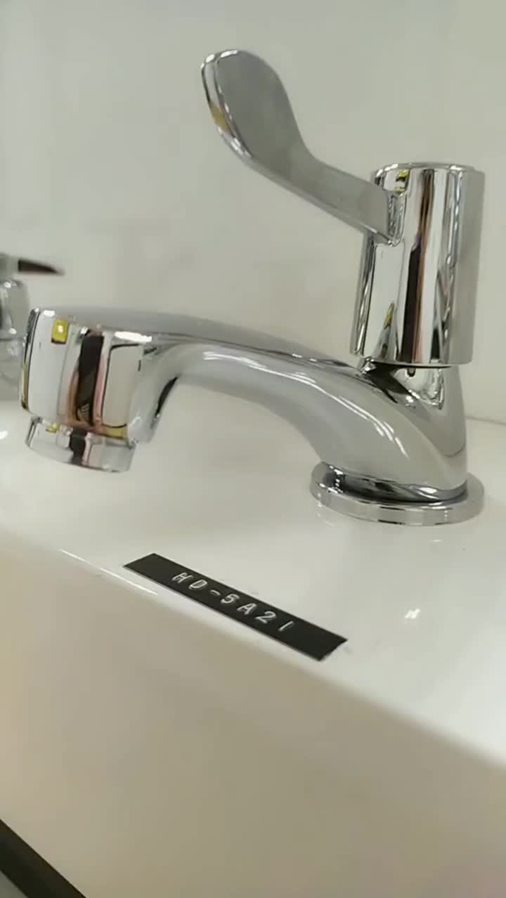 Kroomitud messingist valamu Basin Cold Tap.mp4