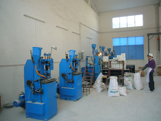 Dry pressing workshop