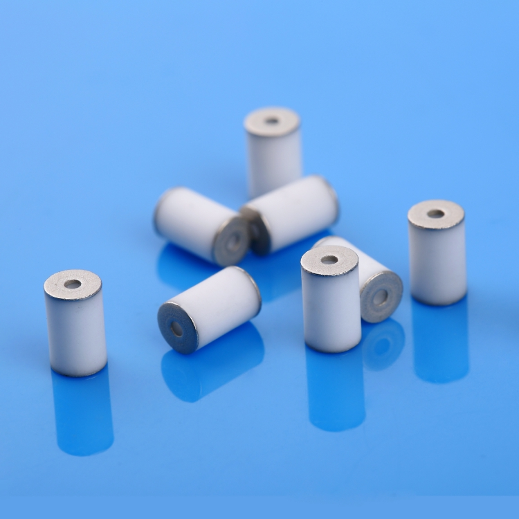 Metallized ceramic sleeve