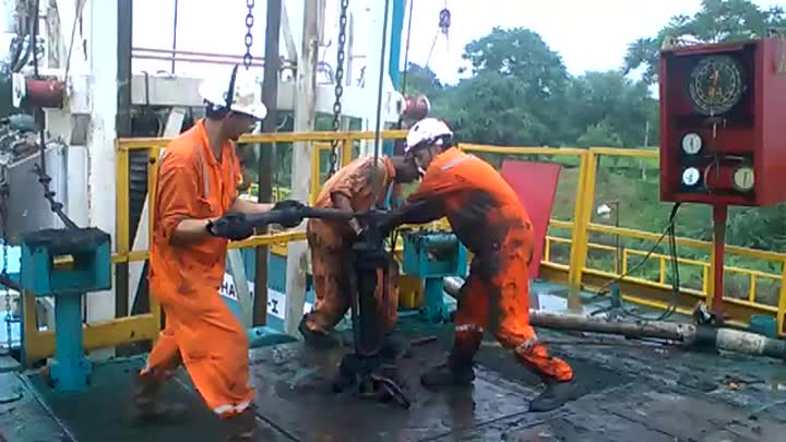 work over Rig for oil and gas geology.mp4