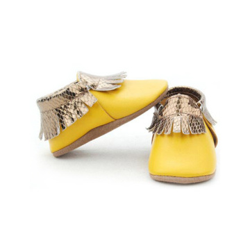 Wholesale Cute Leather Moccasins New Born Baby Shoes