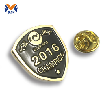 Zinc alloy school pin badge souvenir gifts