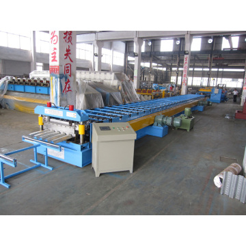 Model type 720 roof deck roll forming machine