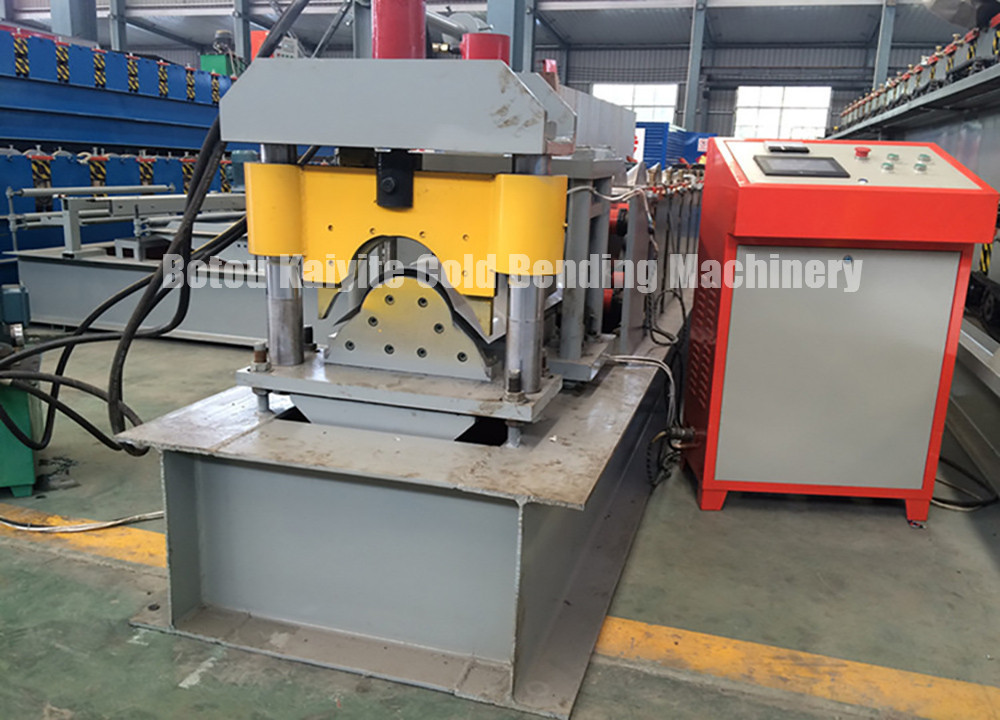 Iron roof ridge cap making machine