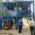 small mobile concrete mixing plant YHZS35