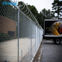Galvanized Low Carbon Steel Wire Chain Link Fence
