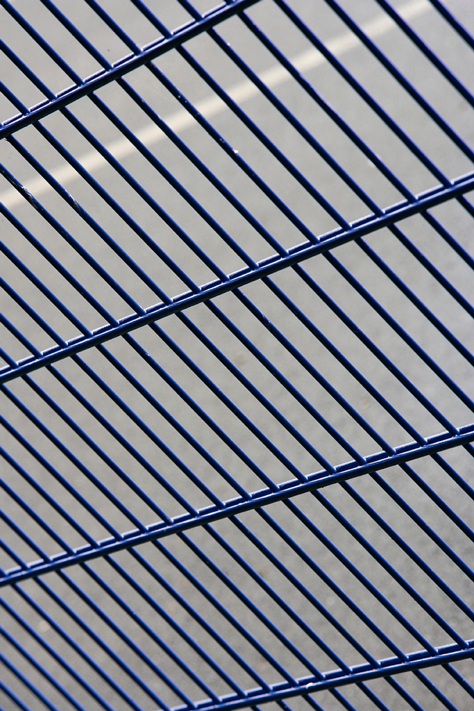 pvc coated double wire mesh panel fence