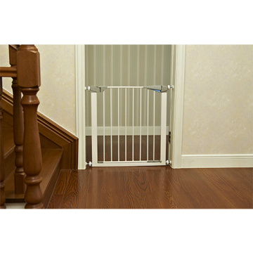 Retractable Metal Baby Safety Gate For Sale