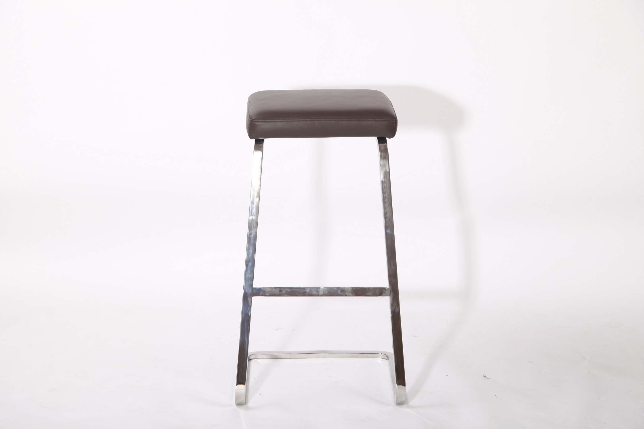 Mies van der Rohe leather barstool