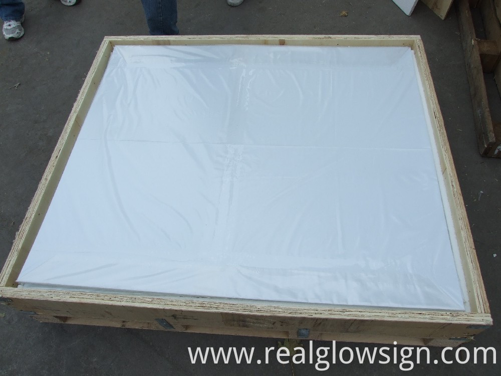 photoluminescent-rigid-sheet-large-package