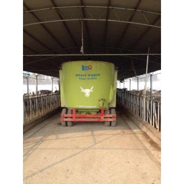 Farm used TMR feed mixer