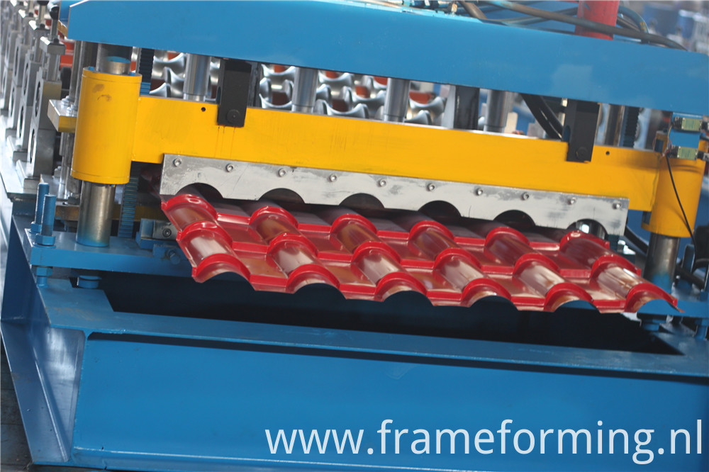 Step Roof Panel Metal Steel Colored Step Glazed Roof Tile Making Machine