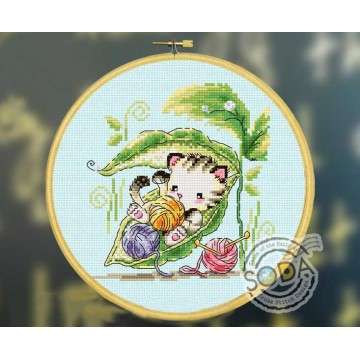 Gold Collection Counted Cross Stitch Kit A Kitty in The Kidney Bean Cat Kitten Knitting SO