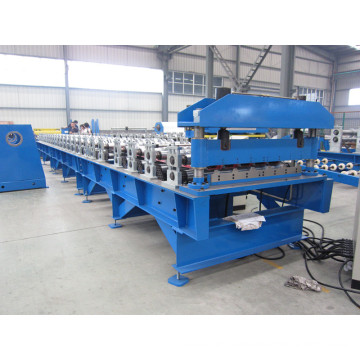 Roofing machine rolling