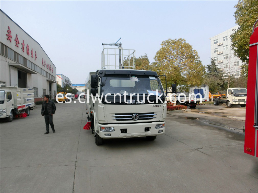 commercial sweeper truck 3
