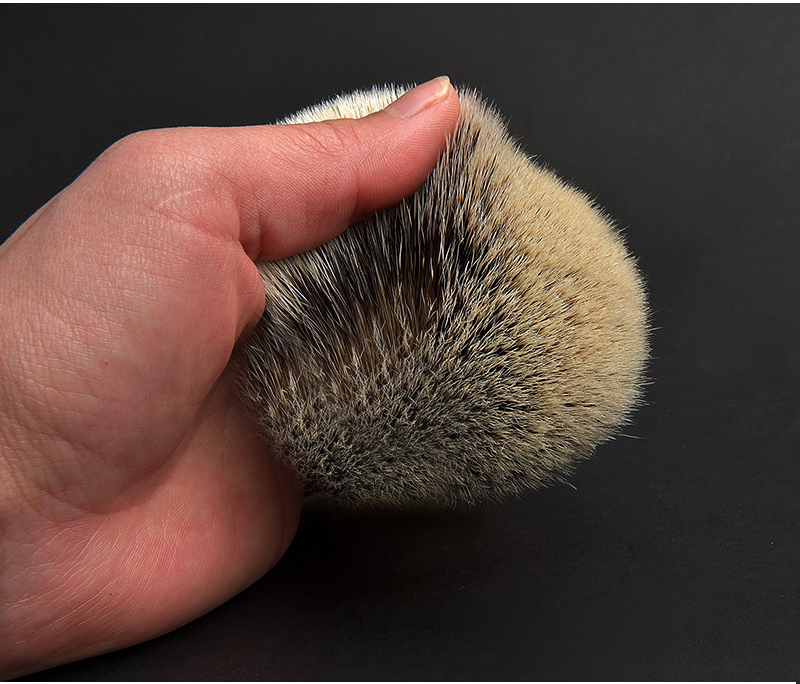 badger-shaving-brush_12