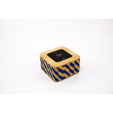 New Qi wireless mobile charging Bluetooth speaker
