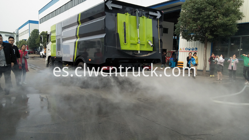 street sweeping truck rear spraying