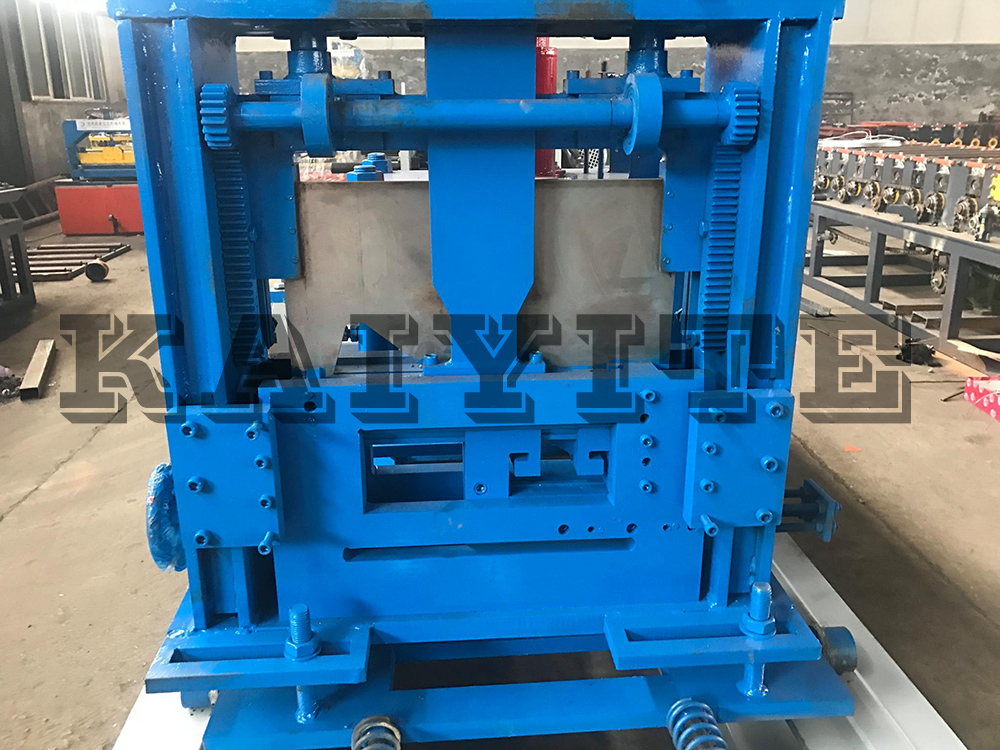 Color Coated Steel Z Purlin Roll Forming Machines