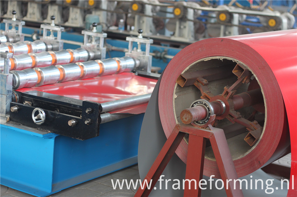 Glazed Tile Roll Forming Machine8