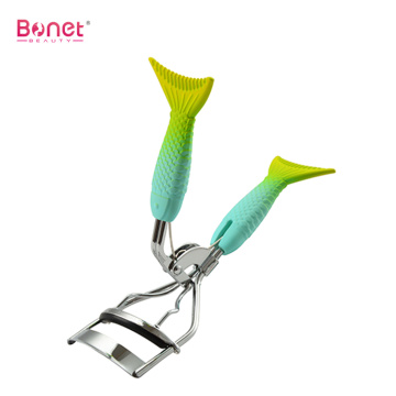 Eyelash curler alternative dramatically curled eyelashes