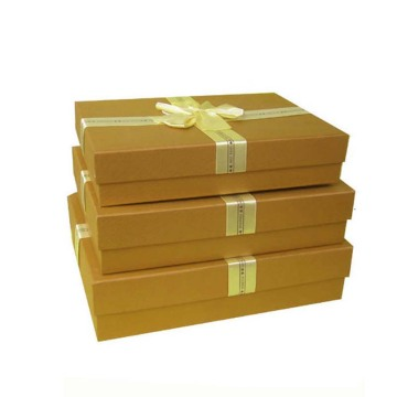 The clothes color gift box packaging
