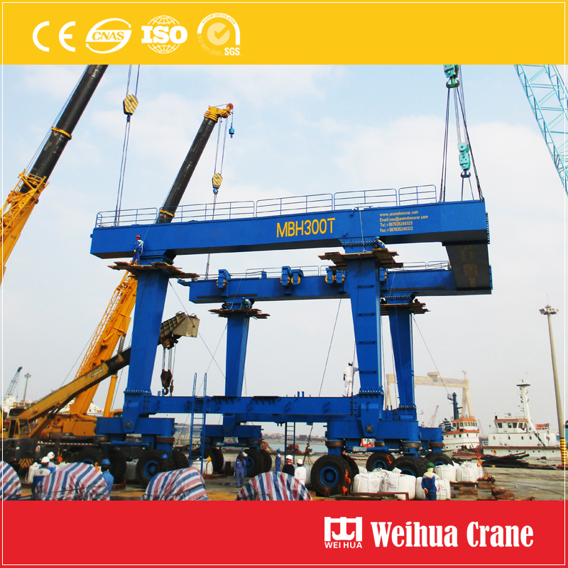 Boat Lift Crane Installation