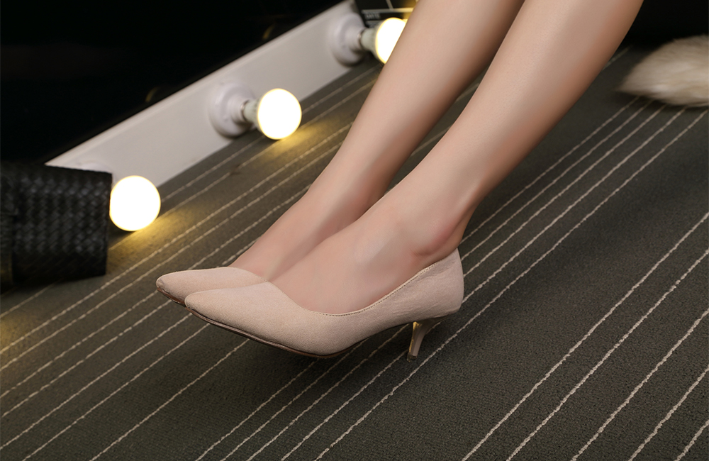 Lady Middle Heel Shoes