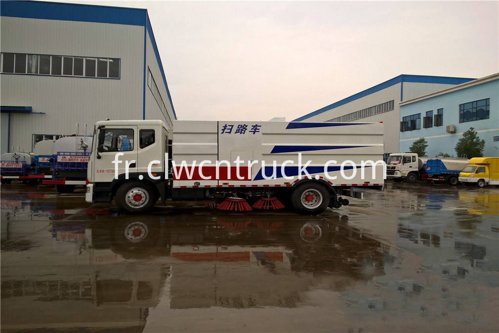 truck mounted sweepers 2