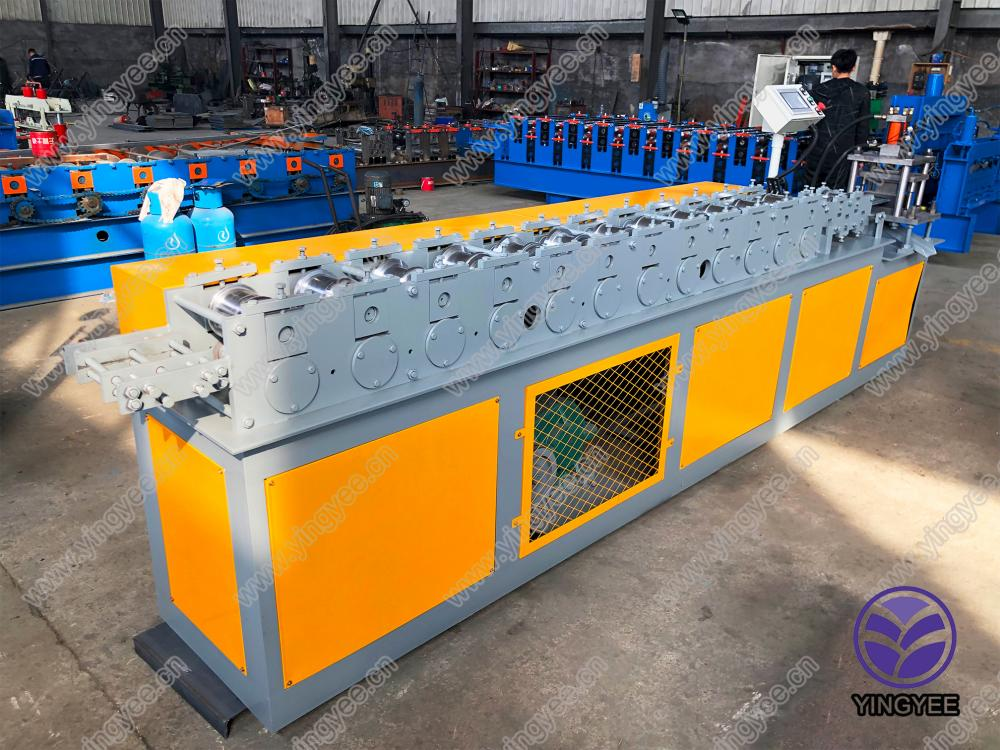 Roller Shutter Slate Roll Forming Machine From Yingyee12
